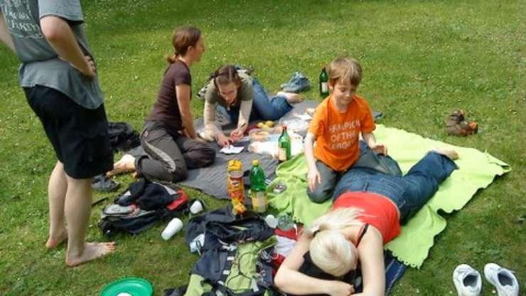 Picnic at Prague's Letná, 1st May 2009