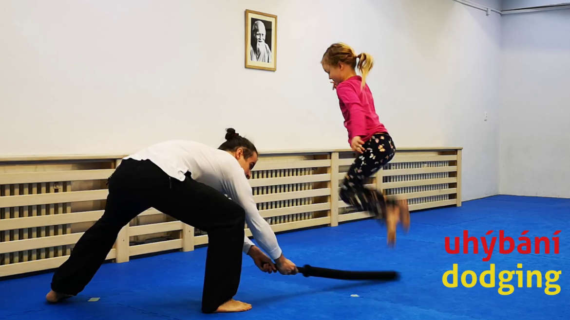 6 videos: exercise for parents and children during the quarantine (Part 1)